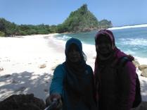 Pantai Ngopek